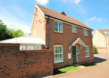 Thumbnail 3 bed semi-detached house for sale in Hyde Close, Grays