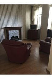Thumbnail 2 bed flat to rent in Robert Street, Port Glasgow