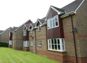 Thumbnail 1 bed flat for sale in Groves Lea, Mortimer, Reading