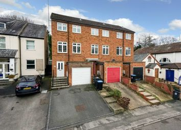 Thumbnail 3 bed town house for sale in Glenview Road, Boxmoor, Hemel Hempstead