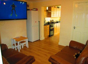 2 bed property to rent in Northwall Road, Deal CT14
