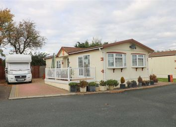 Thumbnail 2 bed mobile/park home for sale in Lower Apperley, Gloucester