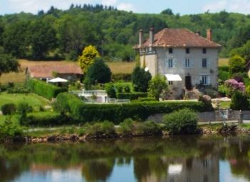 Thumbnail Equestrian property for sale in Bussiere-Galant, Haute-Vienne, France