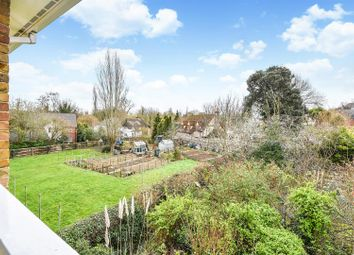 1 bed flat for sale in Clarendon Avenue, Andover SP10
