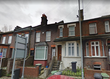 Thumbnail 1 bedroom flat to rent in Russell Street, Luton