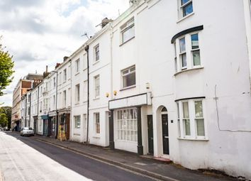 2 bed maisonette to rent in Upper North Street, Brighton BN1