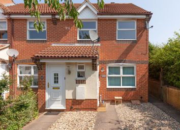 Thumbnail 1 bed flat to rent in Columbine Gardens, Oxford