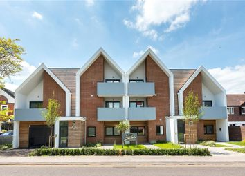 Thumbnail 2 bed flat for sale in 9 Stowe Apartments, Station Road, Bourne End, Buckinghamshire