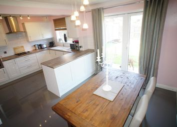 Thumbnail 4 bed link-detached house for sale in Laurel Way, Scunthorpe