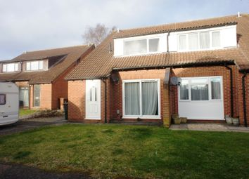 Thumbnail 2 bed property to rent in Hambleside, Bicester