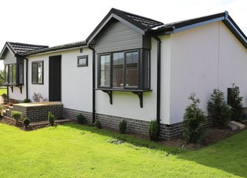 Thumbnail 2 bed mobile/park home for sale in Turkey Lane, Carnaby, Bridlington