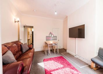 4 bed property to rent in Wallness Lane, Salford M6