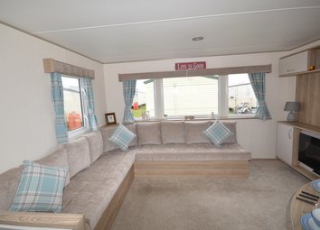 Faversham Road, Seasalter, Whitstable CT5. 2 bed property for sale