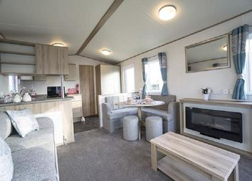 Thumbnail 2 bed mobile/park home for sale in Burgh Road, Skegness, Lincolnshire.