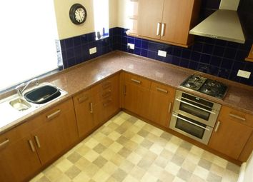 Thumbnail 2 bed property to rent in Denfield Crescent, Halifax