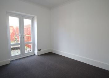 Thumbnail 1 bedroom flat to rent in Parsons Mead, Croydon