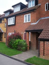 Thumbnail 1 bed flat to rent in Broadfields, Edgware, Middlesex