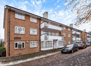 Thumbnail 2 bed flat to rent in Regents Court, Edgware