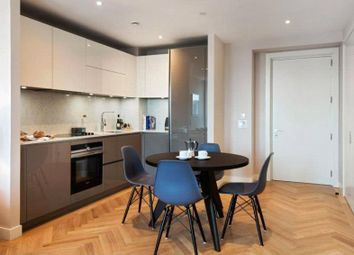 Thumbnail 1 bed flat to rent in Two Fifty One, Southwark Bridge Rd, Elephant And Castle, London
