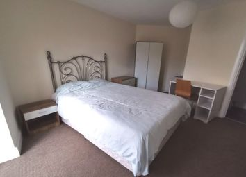 3 bed maisonette to rent in Coed Saeson Crescent, Swansea SA2