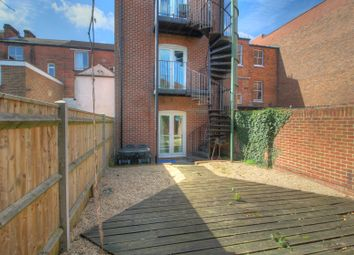 Thumbnail 2 bedroom flat for sale in Bellevue Road, Southampton