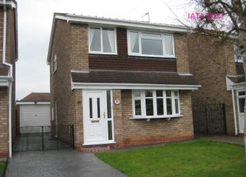 Thumbnail 2 bed detached house to rent in Halecroft Avenue, Wednesfield, Wolverhampton