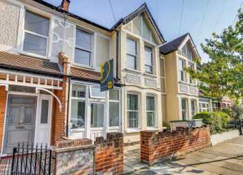 2 bed flat to rent in Ribblesdale Road, Furzedown, London SW16