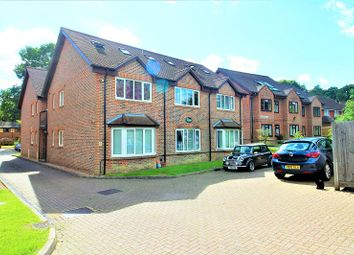 Thumbnail 1 bed flat to rent in 24 Perryfield Road, Crawley, West Sussex.