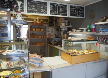 Thumbnail Restaurant/cafe for sale in Cafe & Sandwich Bars LS19, Yeadon, West Yorkshire
