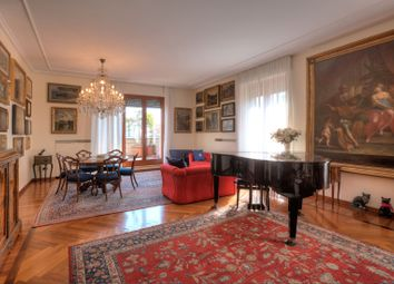 Thumbnail 5 bed apartment for sale in San Babila, Milan City, Milan, Lombardy, Italy