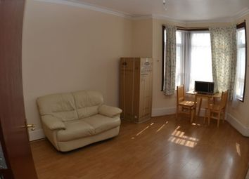 1 bed flat to rent in Argyle Road, Ilford IG1