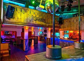 Thumbnail Pub/bar for sale in Les-Deux-Alpes, Isère, France
