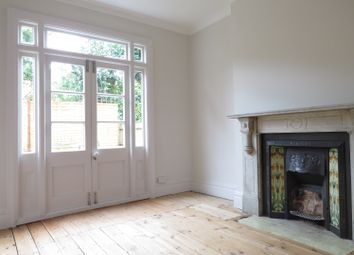 Thumbnail 1 bed flat to rent in Towton Road, West Dulwich