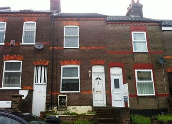 Thumbnail 2 bedroom terraced house to rent in Milton Road, Luton