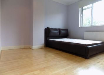 Thumbnail Terraced house to rent in Ridgeway Drive, Bromley