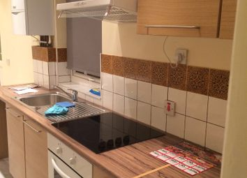 Thumbnail 2 bed flat to rent in Farnborough Avenue, Walthamstow, London