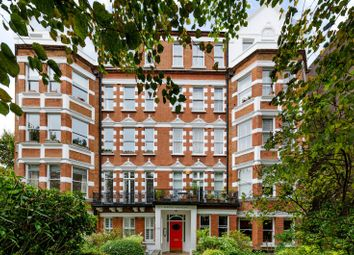 Thumbnail 3 bed flat to rent in Belsize Grove, Belsize Park
