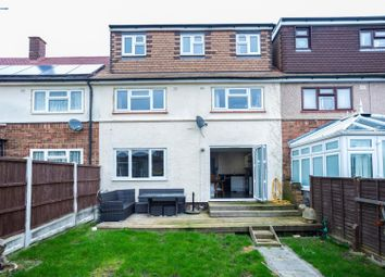 4 bed terraced house for sale in Cornwall Road, Pilgrims Hatch, Brentwood CM15
