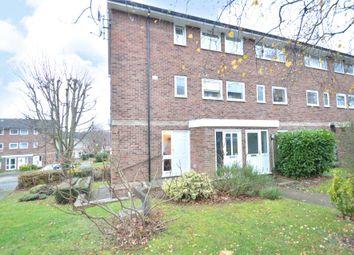 Thumbnail 3 bed flat for sale in Denham Close, Maidenhead, Berkshire