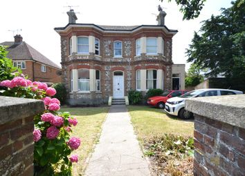 Thumbnail 1 bedroom flat to rent in Lansdowne Road, Worthing