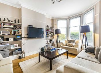 2 bed flat to rent in Glenfield Road, London SW12