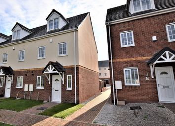 Thumbnail 3 bed town house to rent in Kiln Court, Kirk Sandall, Doncaster