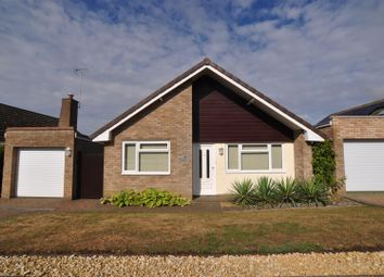 Thumbnail 3 bed detached house for sale in Stotfold Road, Hitchin