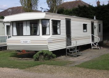 Thumbnail 2 bedroom mobile/park home for sale in Potter Heigham, Norfolk