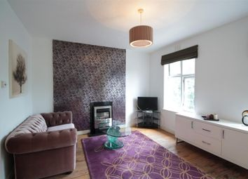 Thumbnail Flat for sale in Brixton Hill, London