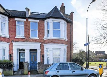 3 bed maisonette to rent in Goodwin Road, Shepherd's Bush, London W12