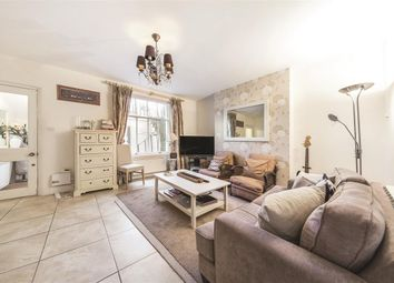 Thumbnail 2 bedroom flat for sale in Eccleston Square, London