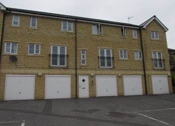 2 bed flat to rent in Apt 2 Longley Gardens Saddleworth Road, Greetland, Halifax HX4