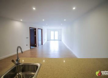 Thumbnail 2 bedroom flat for sale in Newgate, Croydon