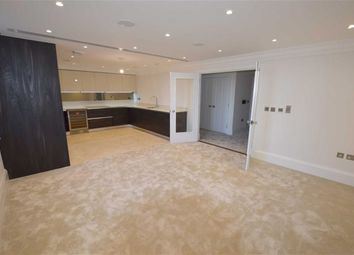 Thumbnail 2 bed flat to rent in Holborn Close, Mill Hill, London